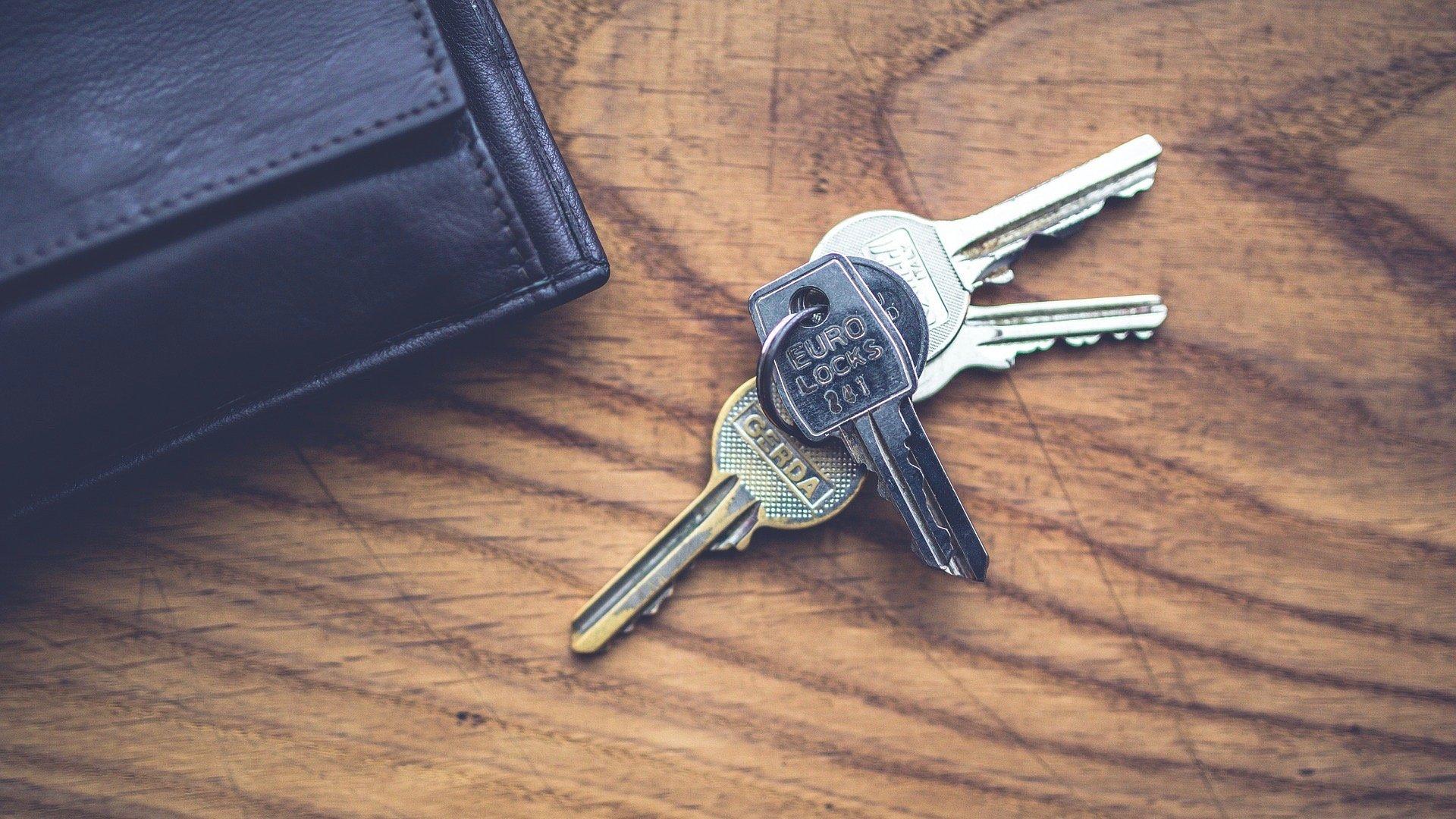 key-791641_1920 2